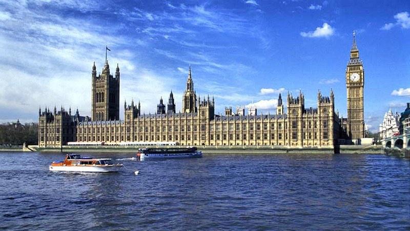 В Великобритании намерены обязать въезжающих проходить 14-дневный карантин и после 15 июня.