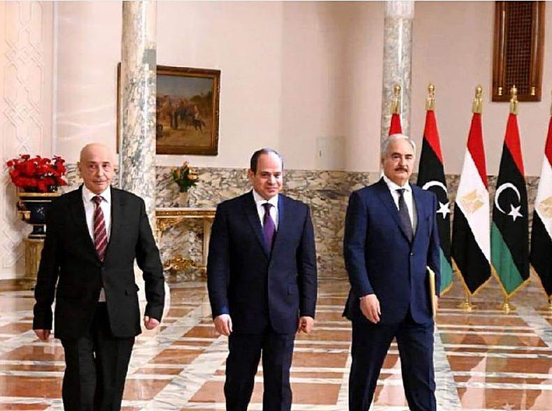 Во время своего визита в Каир главком ЛНА обратился к главе Египта с просьбой задействовать Договор о коллективной безопасности, подписанный странами-членами Лиги арабских Государств.