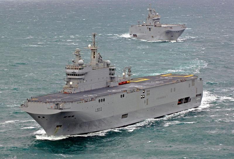 Французский «Мистраль» вооружён намного слабее российского УДК по многим базовым критериям.