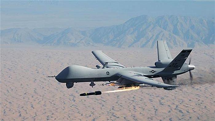 MQ-9 Reaper может нести большое количество боеприпасов, что позволяет ему выполнять роль беспилотника-охотника-убийцы.