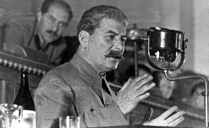 После Зимней войны с финнами Иосиф Сталин устроил форменный разнос советским военачальникам.