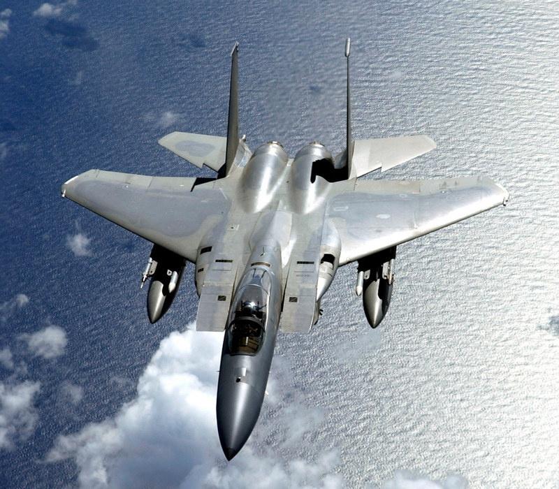 Истребитель ВВС США F-15C Eagle потерпел крушение в Северном море у берегов Англии.