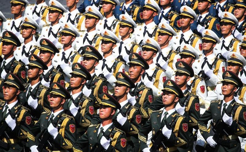 Почётный караул Народно-освободительной армии Китая.