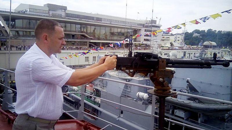 Депутат Рады Тарас Билан предлагает взорвать украинские ядерные бомбы в Москве, Санкт-Петербурге и… Будапеште.