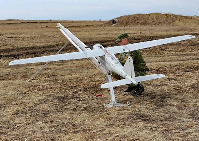БПЛА «Орлан-10» занимались поиском запрещённых в РФ банд ИГИЛ* в Сирийской пустыне.
