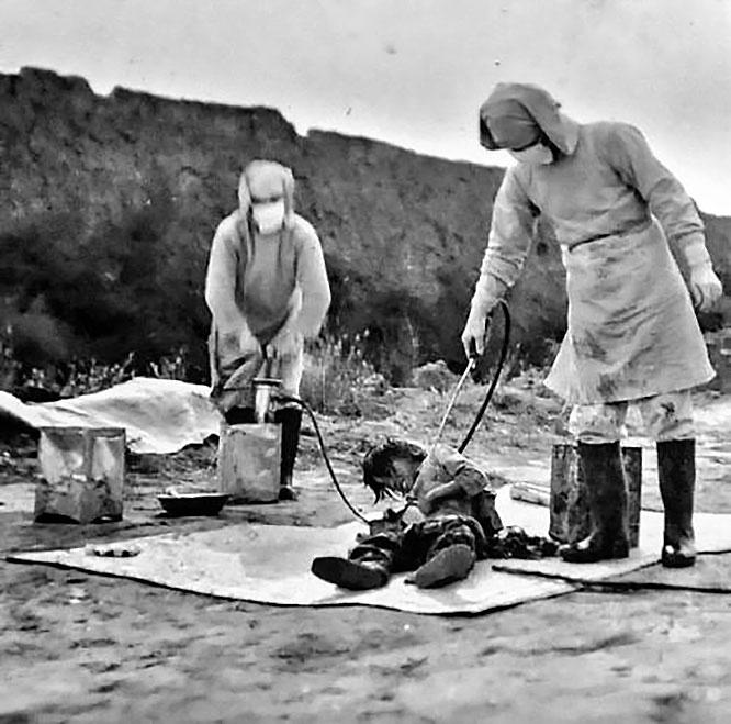 В годы Второй мировой войны население Китая пострадало от биологического оружия, которое разрабатывали японцы из «Отряда 731».