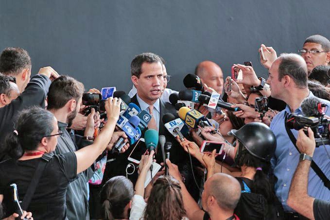 Международная пресса подхватила, что Гуайдо отправлен американцами в утиль, как и вся возглавляемая им «венесуэльская оппозиция».