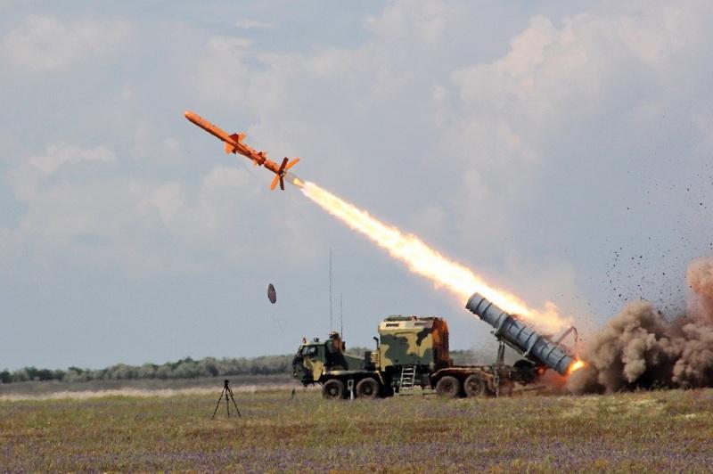 Государственные испытания национальной ракетной системы Р-360 «Нептун» в Одесской области.