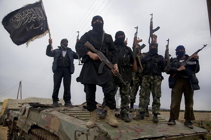 Исламисту из Ирака ближе брат по убеждениям в Афганистане и в Синьцзяне, нежели свой иракский безбожник.