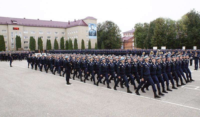 Планируется набрать в батальон высшего и среднего профобразования порядка пятисот человек.