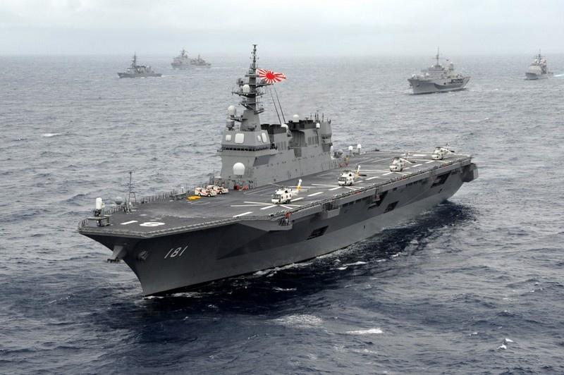 Эсминец-вертолётоносец «Идзумо» будет переделан под базирование на нём истребителей укороченного взлёта и вертикальной посадки F-35B.