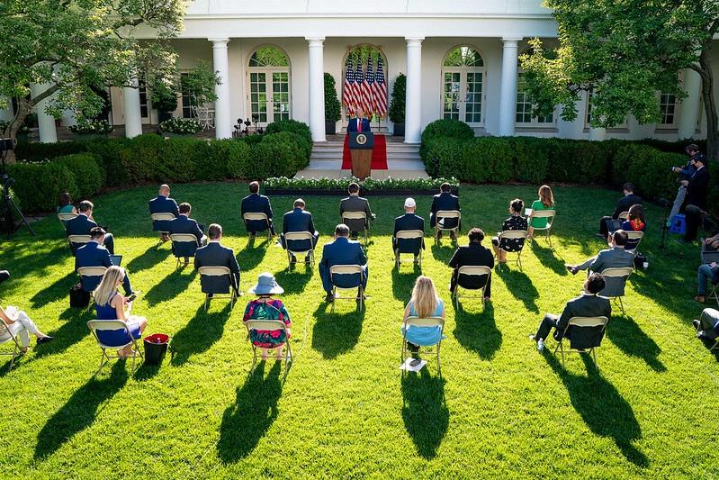 14 июля на пресс-конференции в Белом доме Трамп неожиданно изрёк, что «Евросоюз был создан, чтобы эксплуатировать Соединённые Штаты в своих интересах».