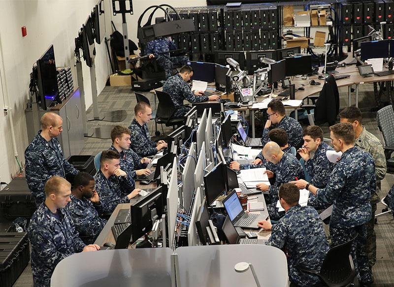 JAIC проводит тестирование ИИ-программ совместно с Лабораторией боевых действий морской пехоты и ВВС.