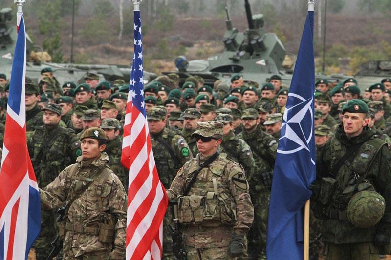 США проводят военные учения с условным применением не только тактического, но и стратегического ядерного оружия.