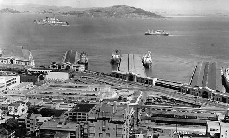 Жорж Коваль прибыл на танкере в порт Сан-Франциско.