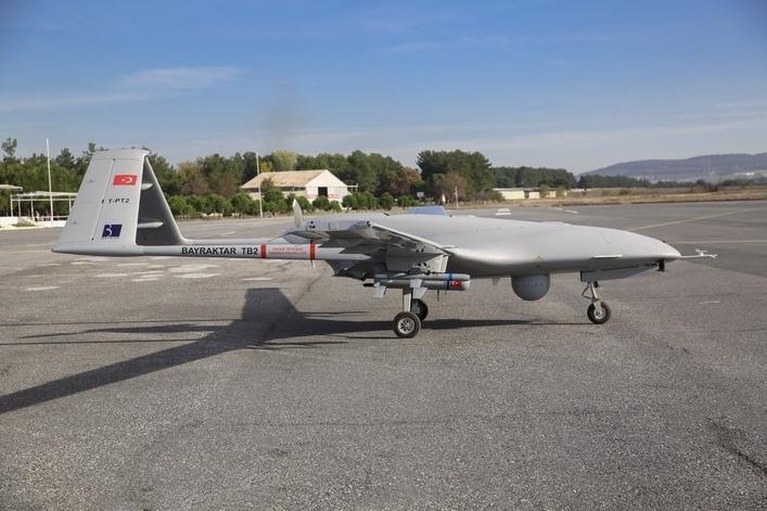 Первый полёт BTB2 состоялся в апреле 2014 года и уже через год его приняли на вооружение.