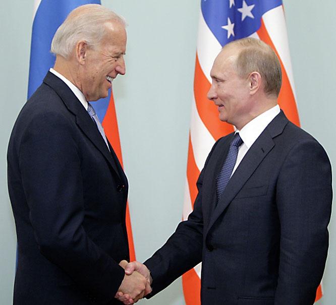 Осенью прошлого года Джо Байден пообещал противостоять российскому лидеру Владимиру Путину. У него есть свой кандидат? Или сам пойдёт на наши выборы?