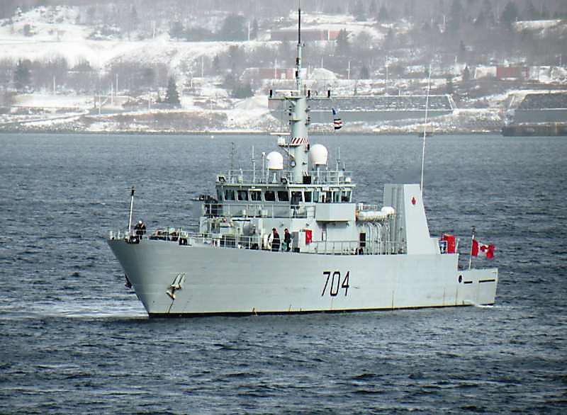 Канадцы убеждены, что справятся в Арктике и без американских ледоколов.