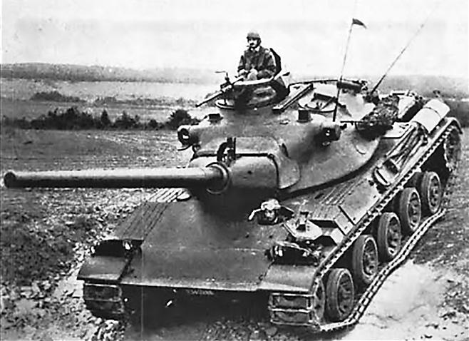 АМХ-30 - основной боевой танк вооружённых сил Франции в 1960-1980 гг.
