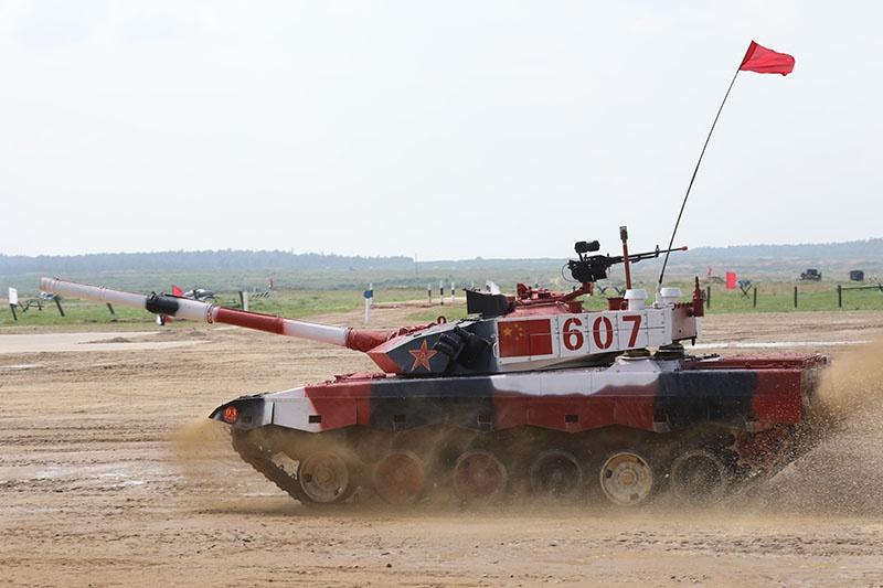 Китайская сборная выступит на своих танках Type-96.