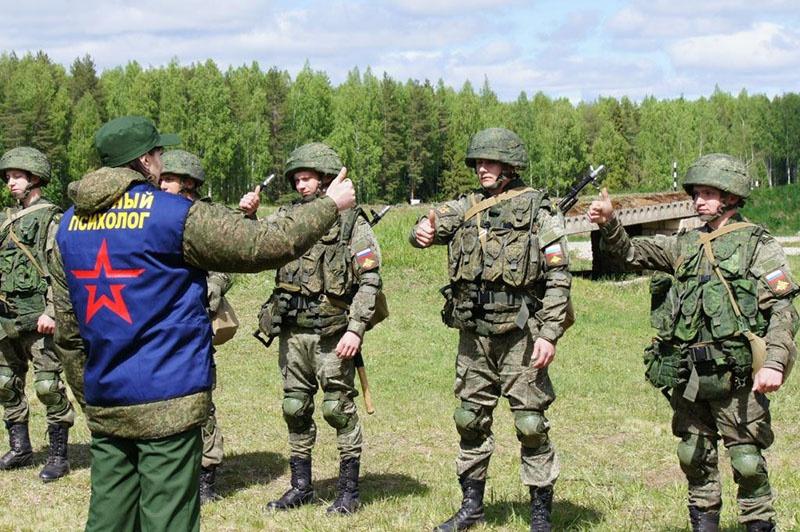 Психологи Западного военного округа приступили к подготовке сборных команд Вооружённых сил РФ к международным этапам конкурсов «Танковый биатлон» и «Суворовский натиск».