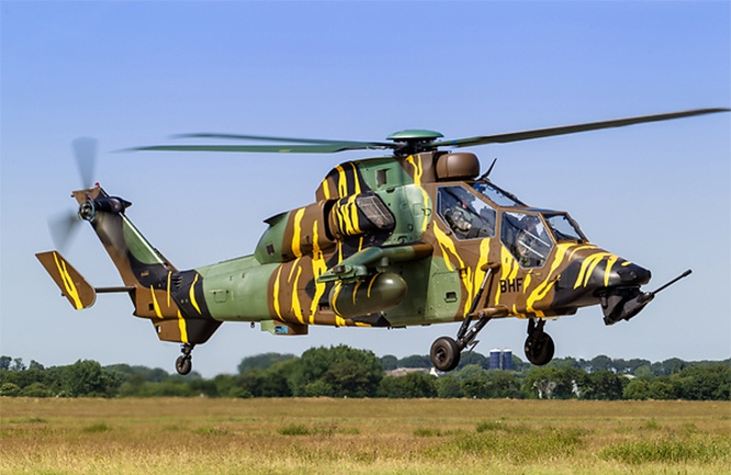 Eurocopter EC-665 Tigre французской армии.