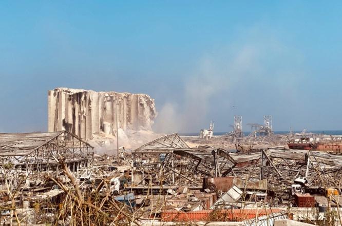 Сила взрыва была такой, что в эпицентре не осталось абсолютно ничего.