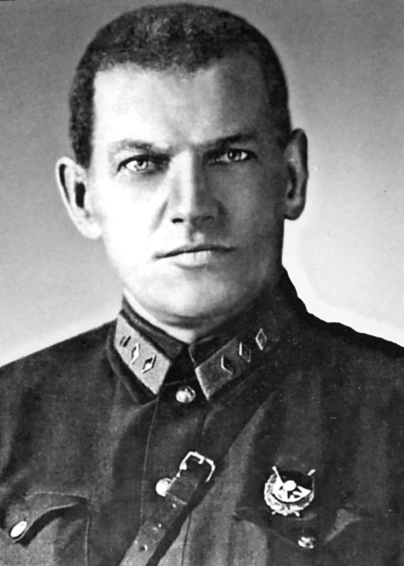 Начальник военной разведки Ян (Павел Иванович) Берзин.