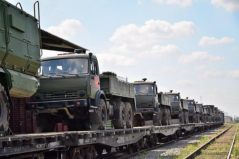 В Усолье-Сибирское доставлено более 10 единиц специальной техники.