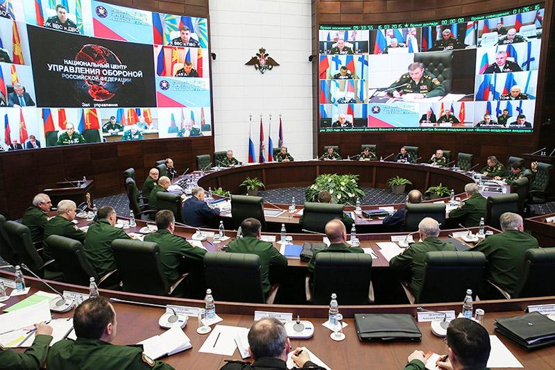 Все информационные потоки от АСУВ в режиме реального времени концентрируются в НЦУО РФ.