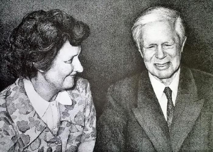 Исхак Ахмеров с женой Еленой (Хелен Лоури).