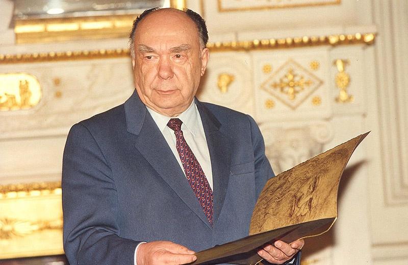 «Архитектор перестройки» Александр Яковлев подозревался в госизмене.