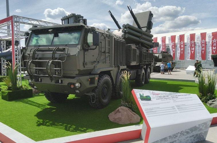 Зенитный ракетно-пушечный комплекс «Панцирь-С1М».