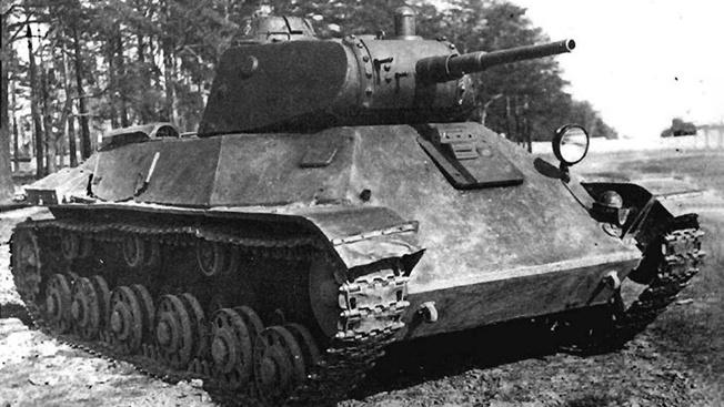 Лёгкие танки Т-50 поступили в войска и участвовали в боях, но из-за малого количества не смогли как-то особенно себя проявить.