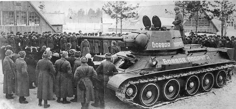 Танк Т-34 «Боевая подруга» был построен на сбережения Марии Октябрьской.