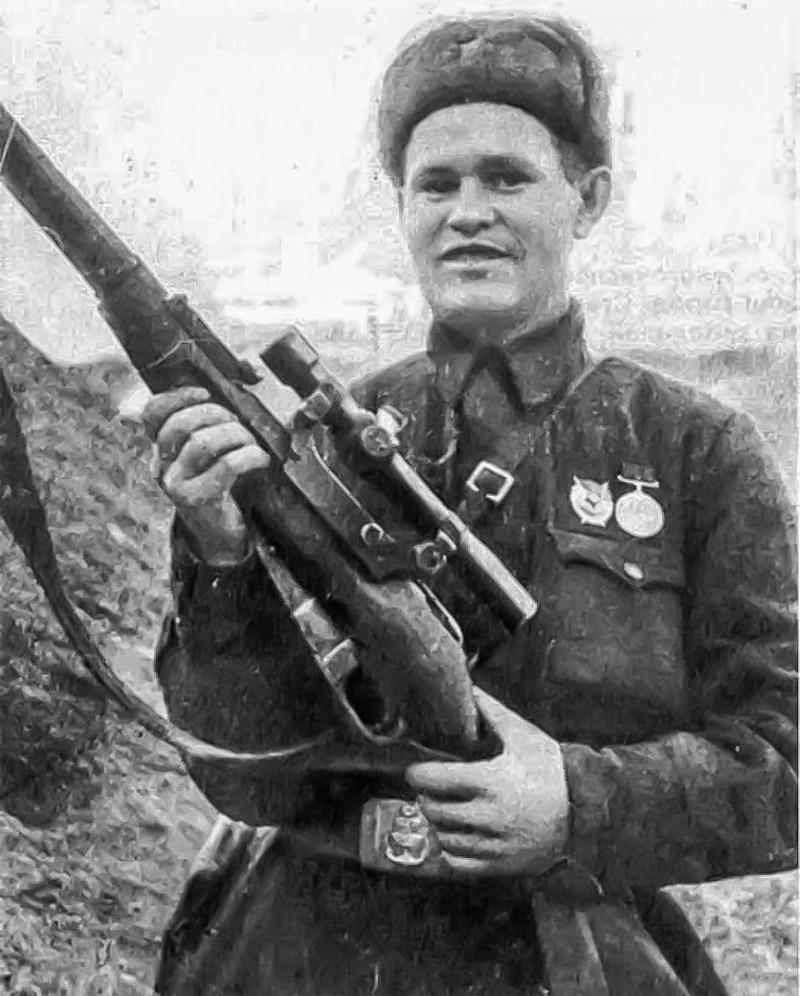 Снайпер 62-й армии, Герой Советского Союза Василий Зайцев.