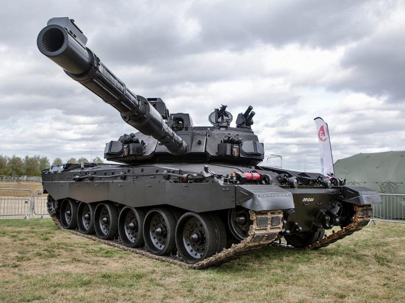 Утилизация танков Challenger-2 уже началась.