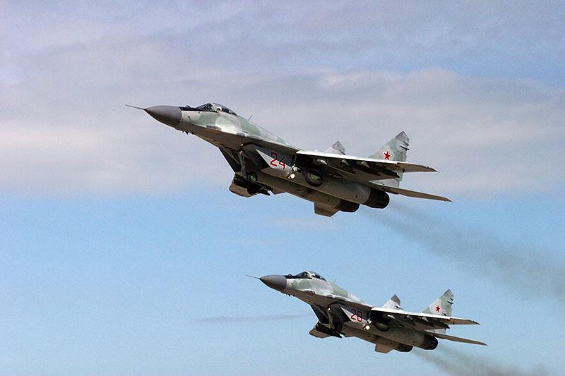 Фронтовые истребители МиГ-29 белорусских ПВО.