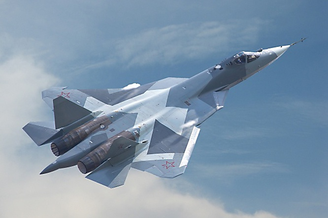 На борту Су-57 установлено несколько РЛС, которые позволяют лётчику видеть окружающую боевую обстановку в радиолокационной сфере вокруг самолёта.