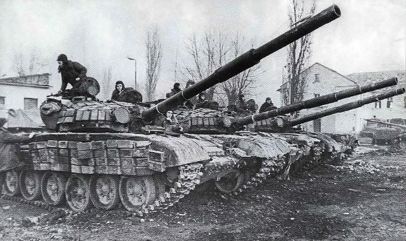 Танки Т-72Б на Кавказкой войне.
