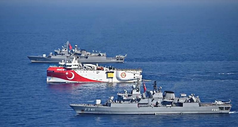 Турция начала разведывать шельф непризнанной и подконтрольной ей Турецкой республики Северного Кипра (ТРСК) под надзором своих ВМС.