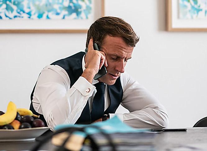 В ходе телефонного разговора с премьером Греции Кириакосом Мицотакисом Эммануэль Макрон пообещал своё прямое военное участие.