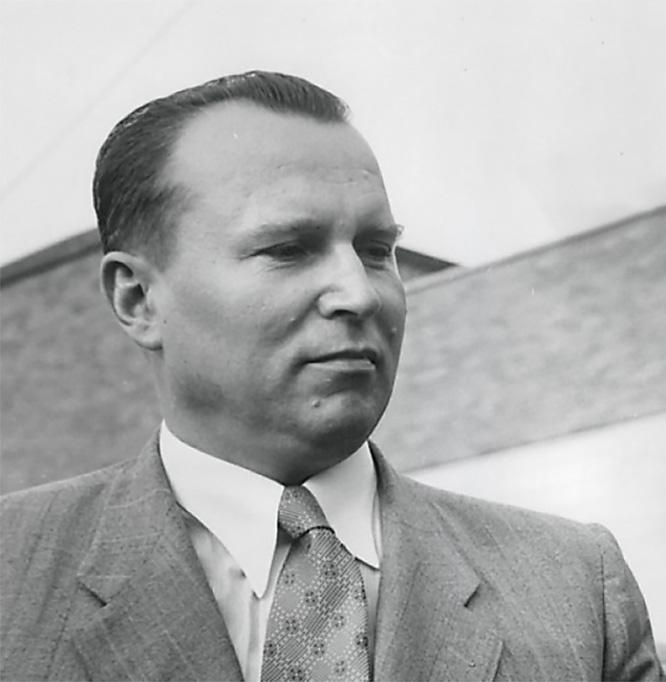 Посол СССР в Японии Яков Малик обращался к наркому иностранных дел СССР В. Молотову с просьбой содействовать освобождению Зорге, но получил холодный приём.