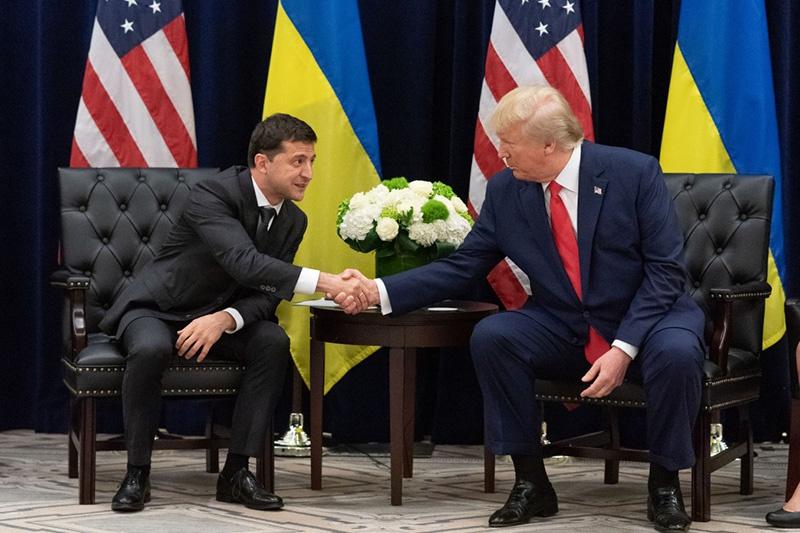 Де-факто Украина находится под контролем США (ведущего члена НАТО), являясь при этом предельно русофобским государством.