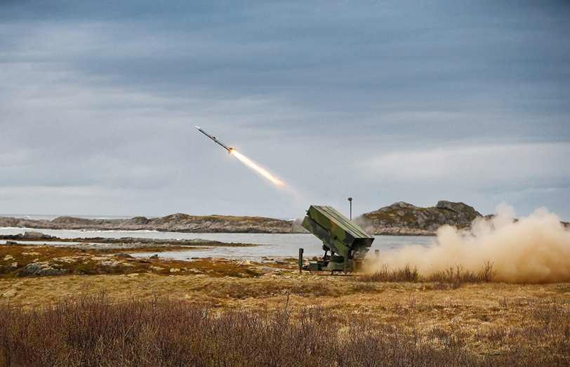 В августе 2020 года Венгрия согласилась приобрести у США зенитную ракетную систему NASAMS.