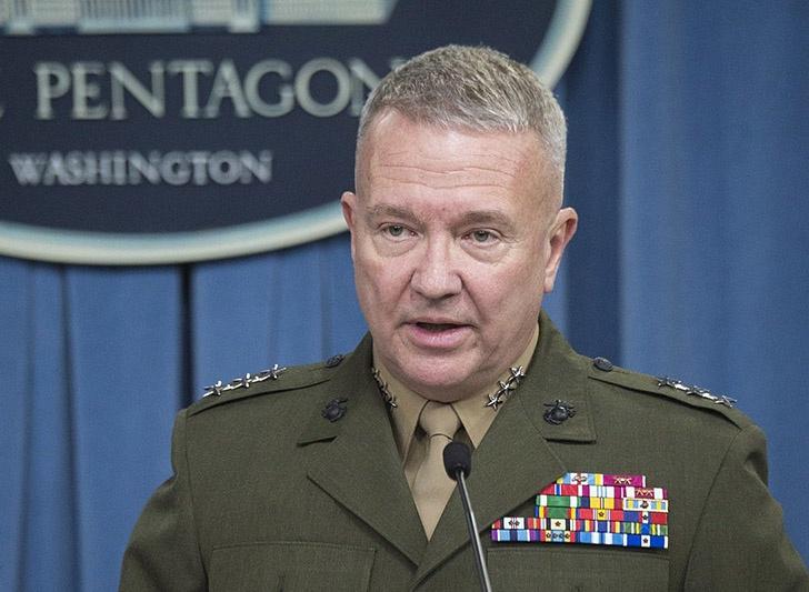 По официальной версии, главком Центрального командования США (СЕНТКОМ) генерал Кеннет Маккензи прибыл в Ливан, чтобы встретиться с командующим ливанской армии генералом Джозефом Ауном.