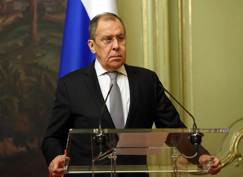 Министр иностранных дел РФ Сергей Лавров заявил, что в деле с блогером Навальным «Запад перешёл все грани приличия и рамки разумного».