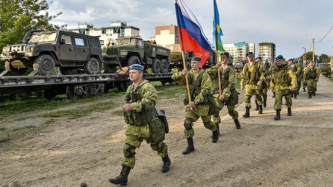 300 псковских десантников на брестских «Фермопилах»