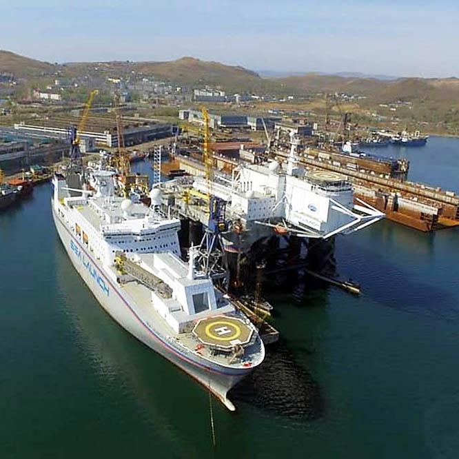 В настоящее время плавучая платформа Sea Launch находится на дальневосточной судоверфи в Славянке.