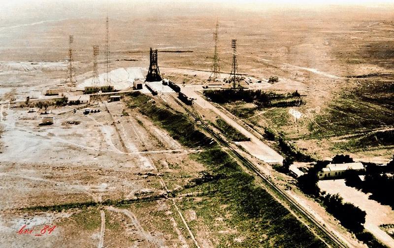 История крупнейшого ракетного полигона СССР на Байконуре началась в 1955 году.
